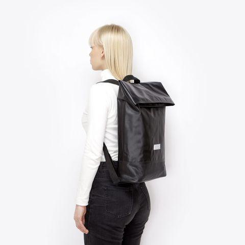 UA_Karlo-Backpack_Seal-Series_Black_11.jpg