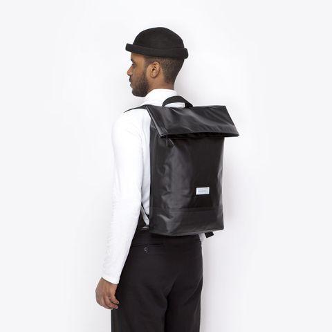 UA_Karlo-Backpack_Seal-Series_Black_12.jpg