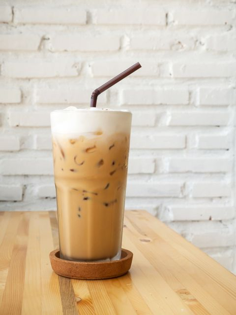 ice-cappuccino-cool-beverage-cafe-view_6351-1562.jpg