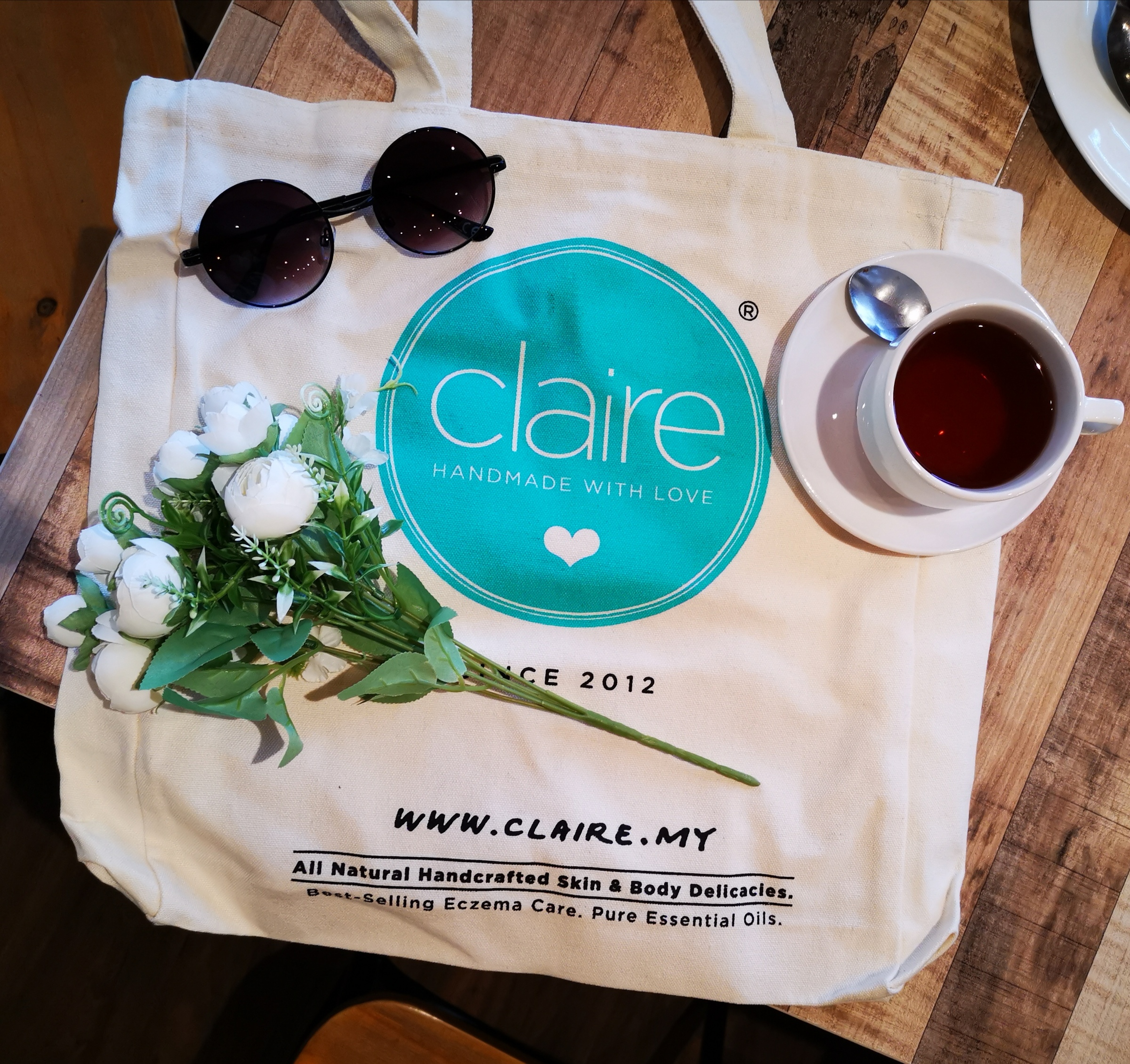 Claire Canvas Bag_3a.jpg