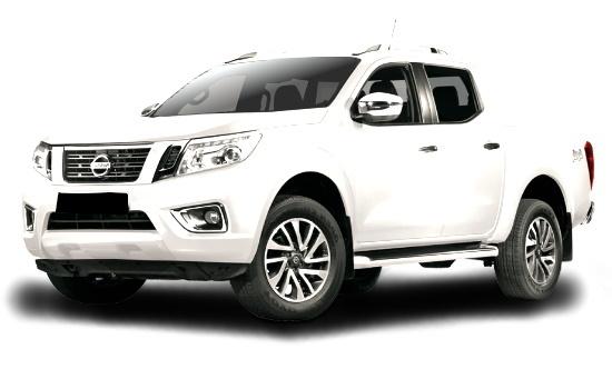 Nissan Navara NP300 (white).jpg
