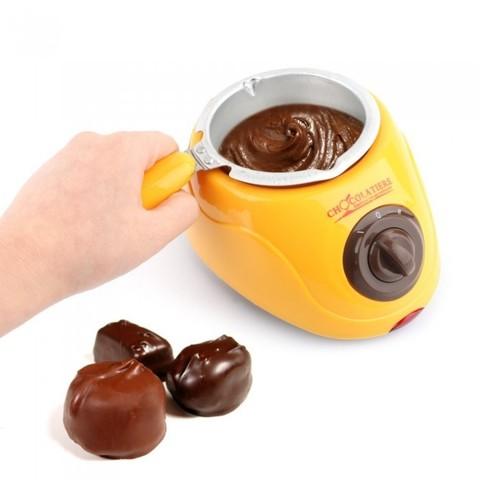 Chocolate melting pot 8-700x700.jpg