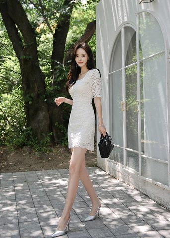 WHITE MINI LACE DRESS.jpg