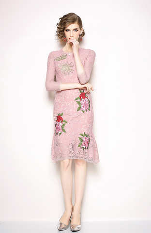 Pink Flower Embroidery Lace Fishtail Dress.jpg
