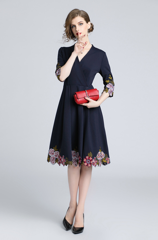 Navy Blue Embroidery V-neck Slim Dress.jpg