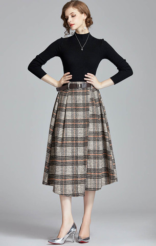 Vintage Plaid Woolen skirt + Knit Slim Black Top.jpg