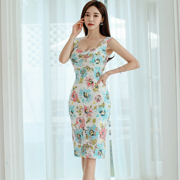 Flower Tank Lace Slim Dress.jpg