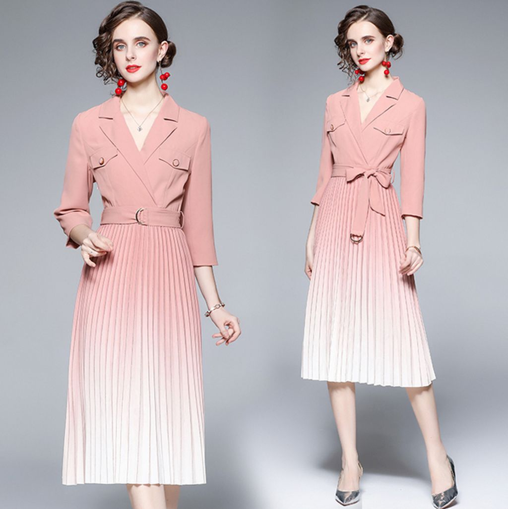 Suit Collar Pink-white Pleated Gradient Pleated Dress.jpg