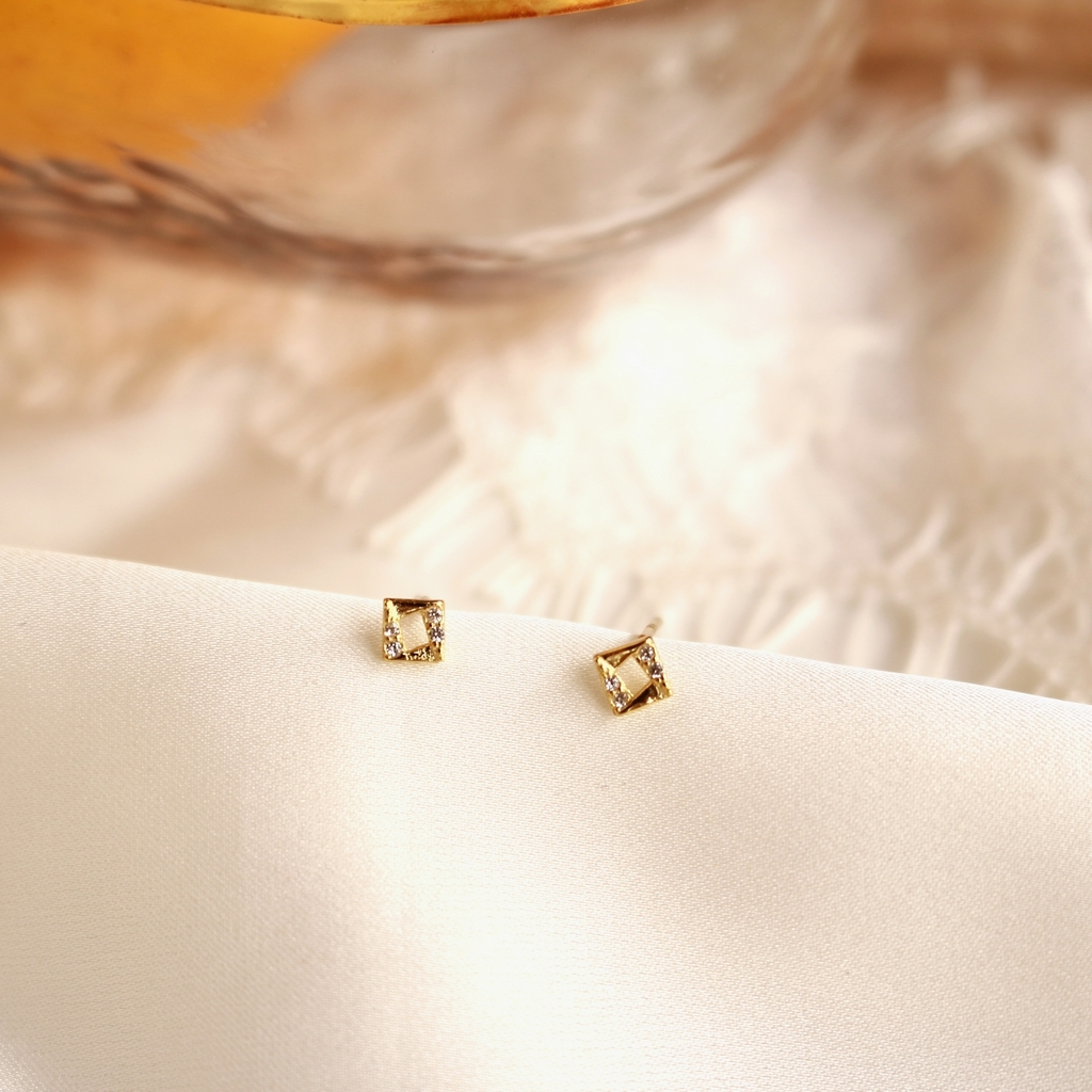 PE1265-Sylvie-Stud-Earrings-1.jpg
