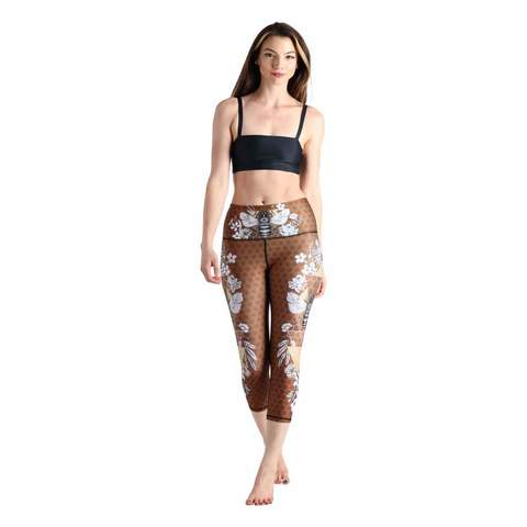 printed-yoga-legging-yoga-democracy-min.jpg