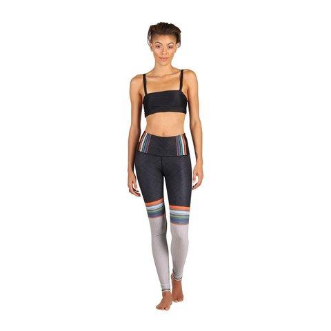Chelsa-Crew-yoga-legging.jpg