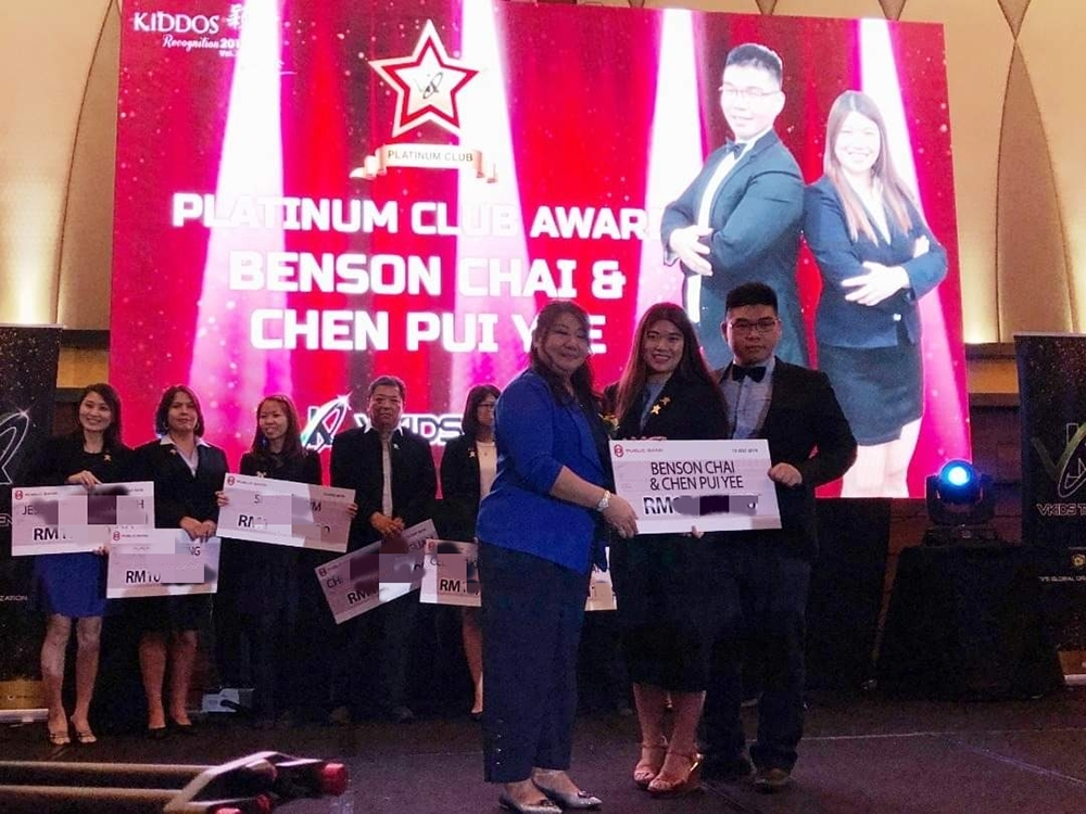 Pui Yee & Benson Achieving their Platinum Club (5-Figure Income Earner)