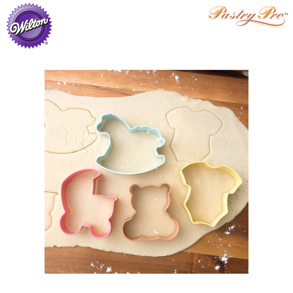 wilton cookie cutter set 2308-1067 a.png