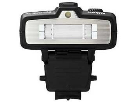 WIRELESS REMOTE SPEEDLIGHT SB-R200.jpg