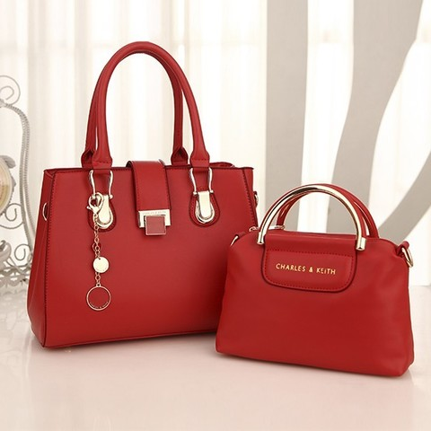PC2031 Red PU IDR 215.000 29x13.5x21.5 (19x7.5x16) 1.15Kg.jpg