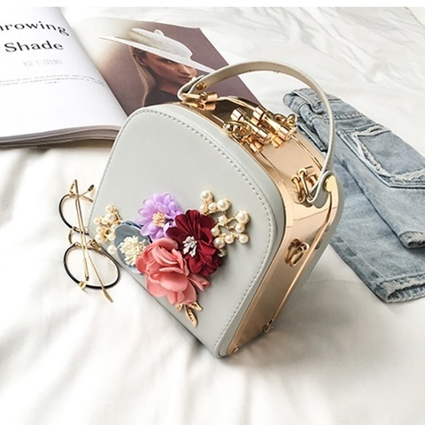 B1106(BOX) IDR.188.000 MATERIAL PU SIZE L16XH17XW12CM WEIGHT 800GR COLOR GRAY.jpg