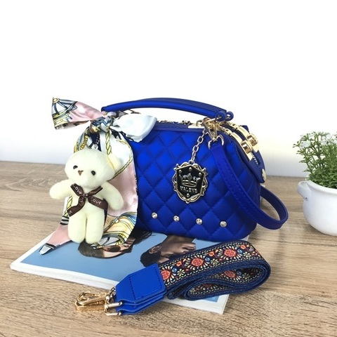 BOM4723-IDR.128.000-MATERIAL-JELLY-SIZE-L22XH13X11CM-WEIGHT-850GR-COLOR-BLUE.jpg