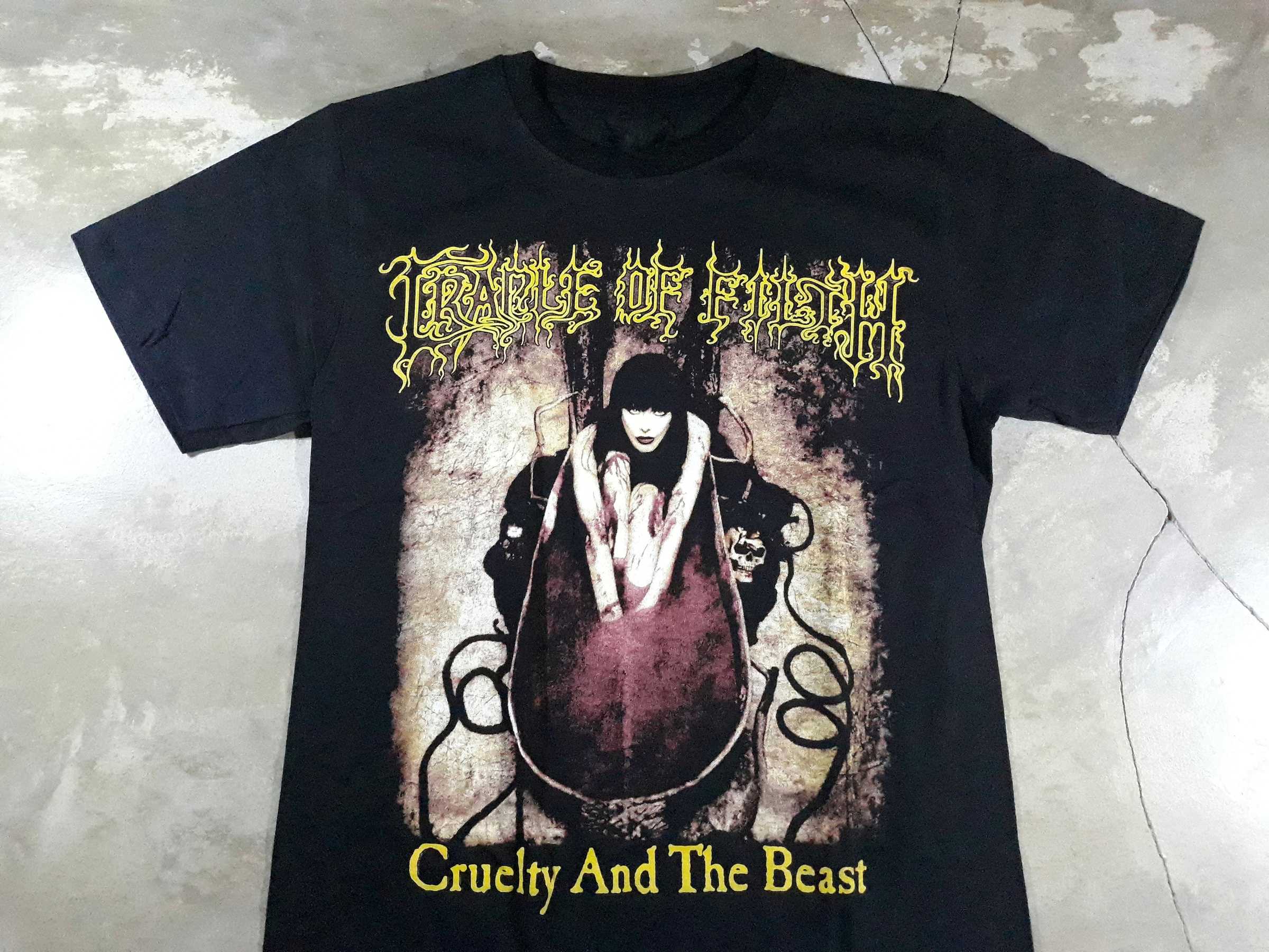 Cradle of filth-CRUELTY AND THE BEAST.jpeg