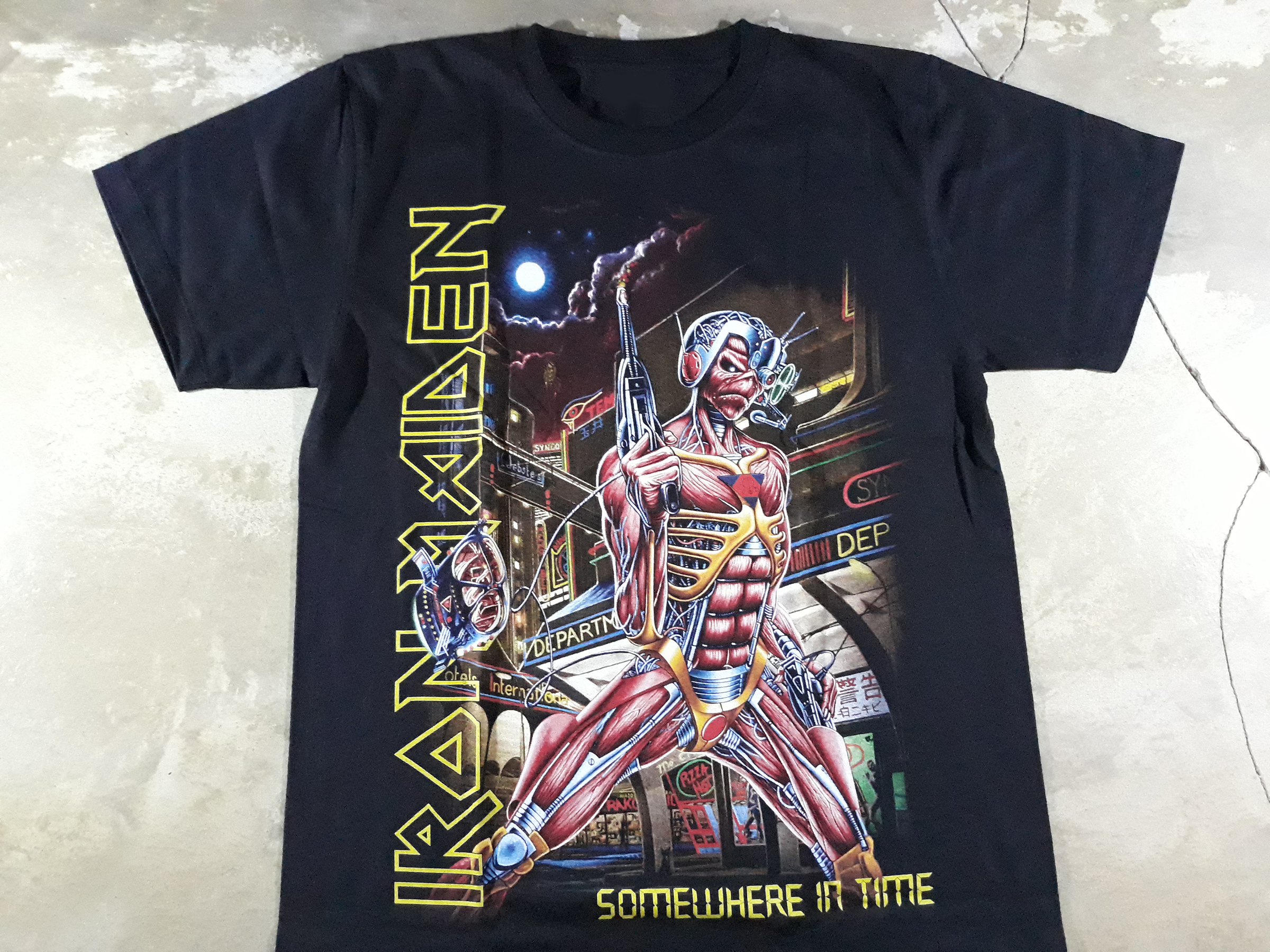 Iron maiden-somewhere in time Tee.jpg