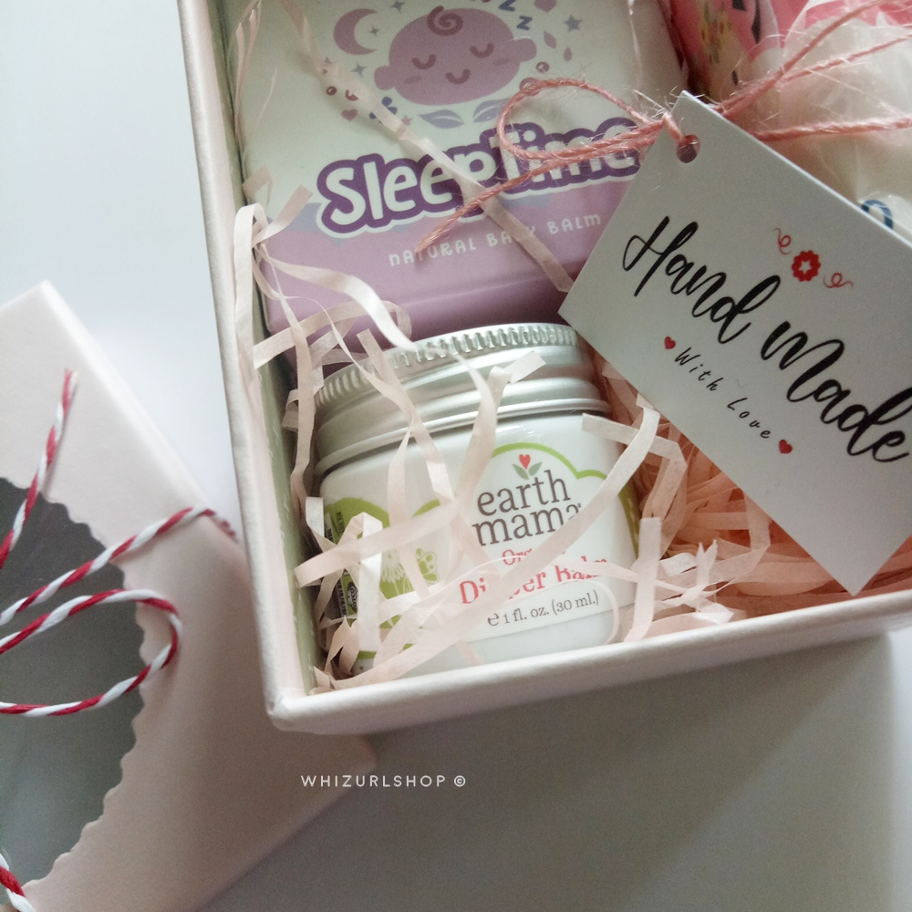 Baby shower mini gift set
