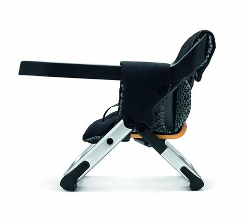 Lima Highchair Midnight Black 3.jpg