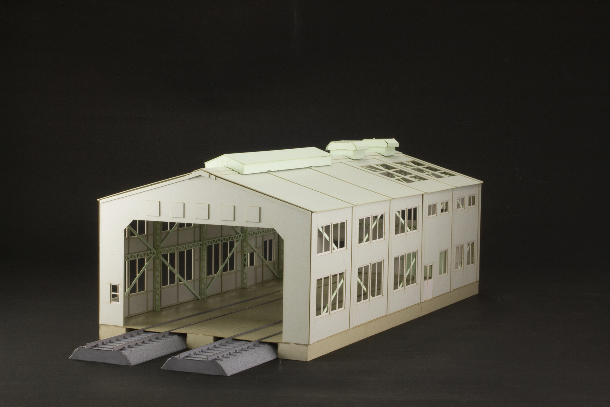 Papercraft kit Train Depot.jpg
