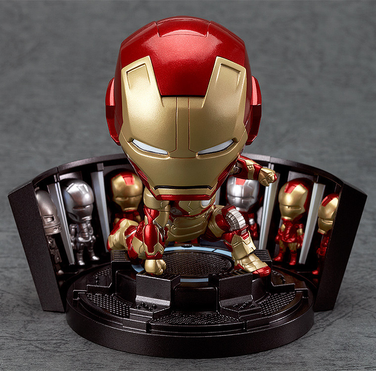 Nendoroid Iron Man Mark 42 - Hero's Edition + Hall of Armor Set.jpg