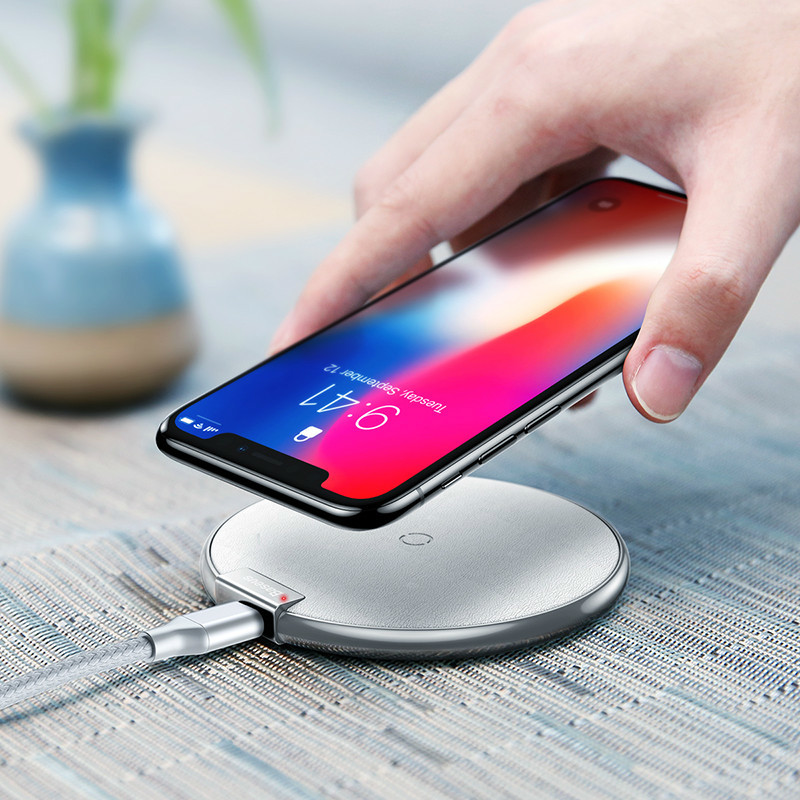 Baseus Qi Wireless Charger For iPhone X 8 Plus Samsung S8 S9 S9+ Note 8 S7 Fast wireless charger Desktop Wireless Charging Pad