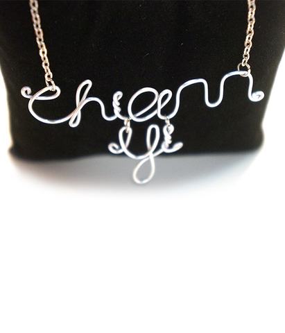 02-necklace-gift.jpg