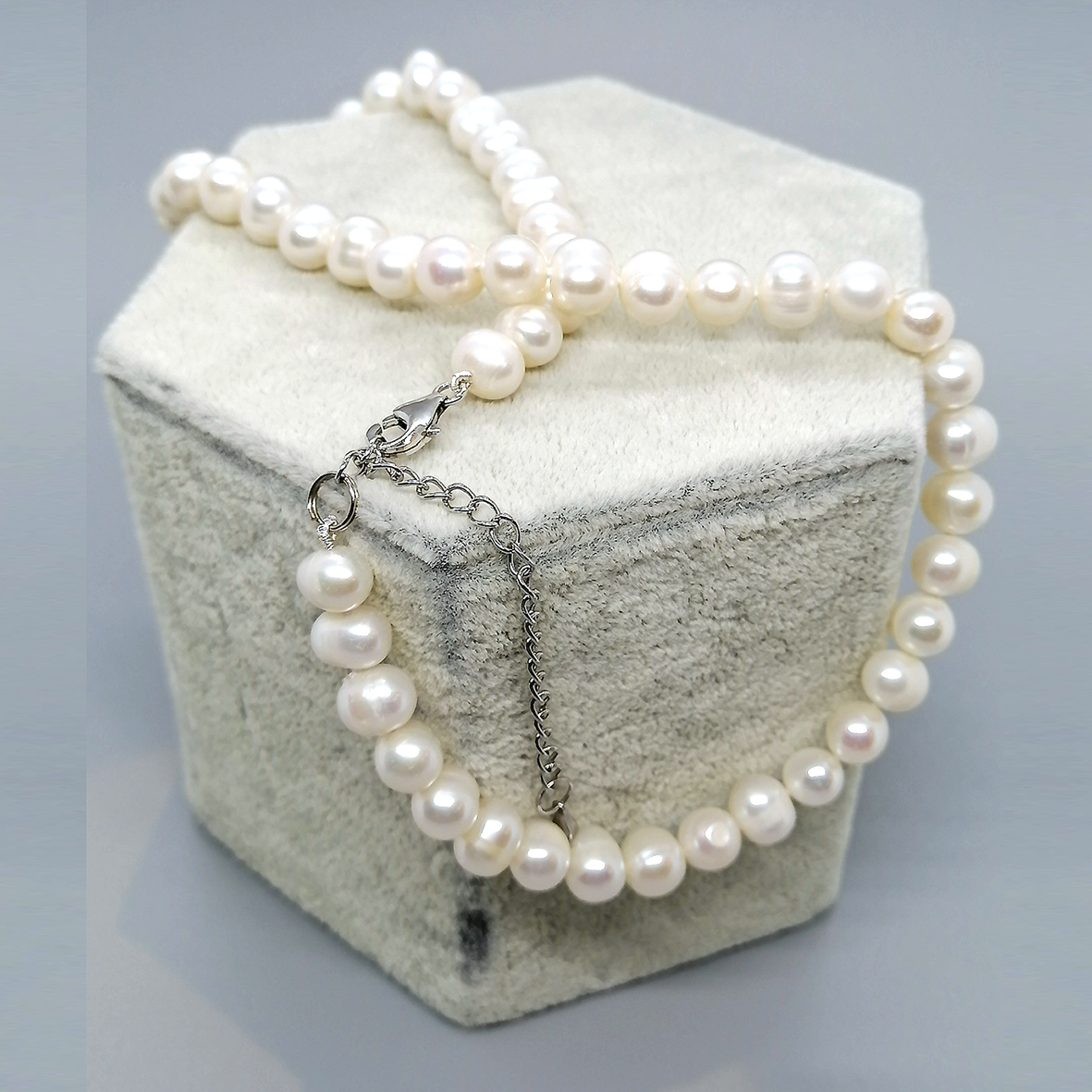 Pearl Necklace 6.5 - 03.jpg