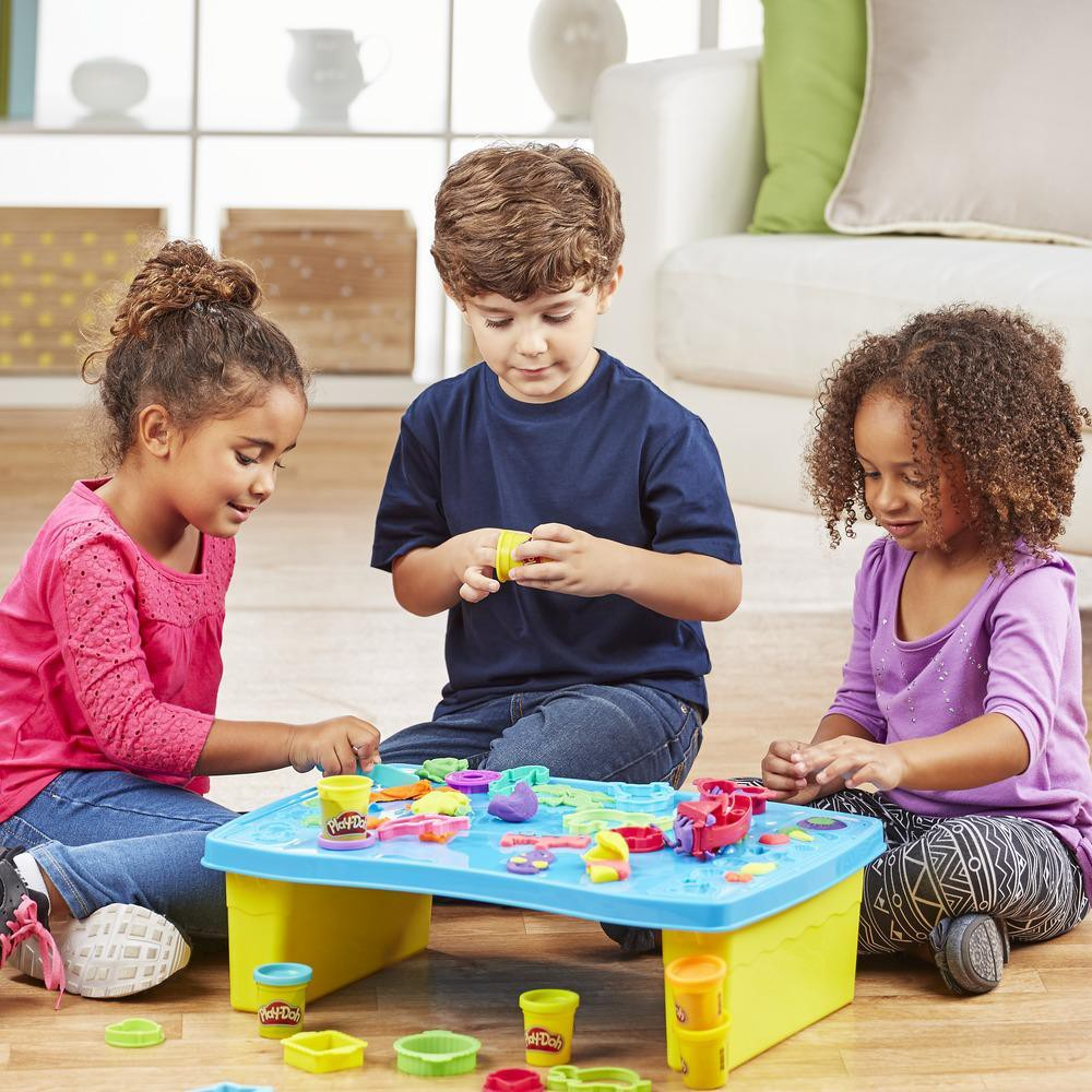 Play-Doh Play'N Store Table 4.jpeg