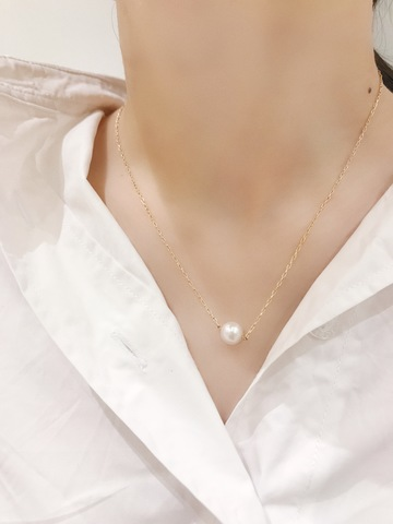 One  Pearl  Necklace_03.jpg