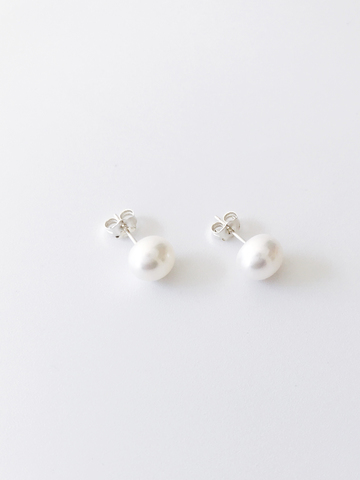 LESIS_Pearl Earrings_silver.jpg