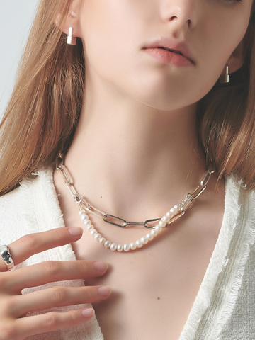 Short Pearl Silver Necklace-2.jpg