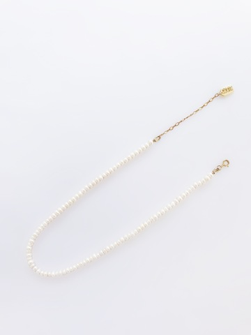 LESIS_Classic Pearl Necklace_06.jpg