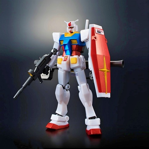 Bandai Gundam Base Limited RX-78-2 Gundam (Metallic Gloss Injection) 1.2.jpg