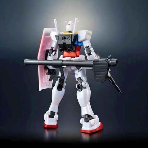 Bandai Gundam Base Limited RX-78-2 Gundam (Metallic Gloss Injection) 1.3.jpg