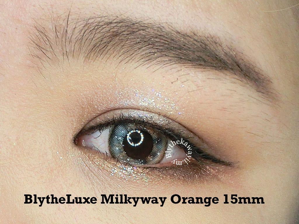 orange eye.jpg