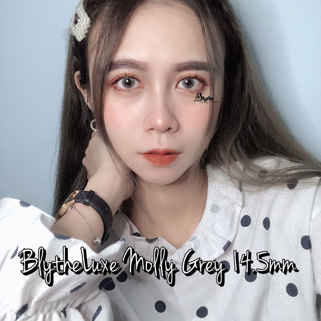 molly grey2.JPG