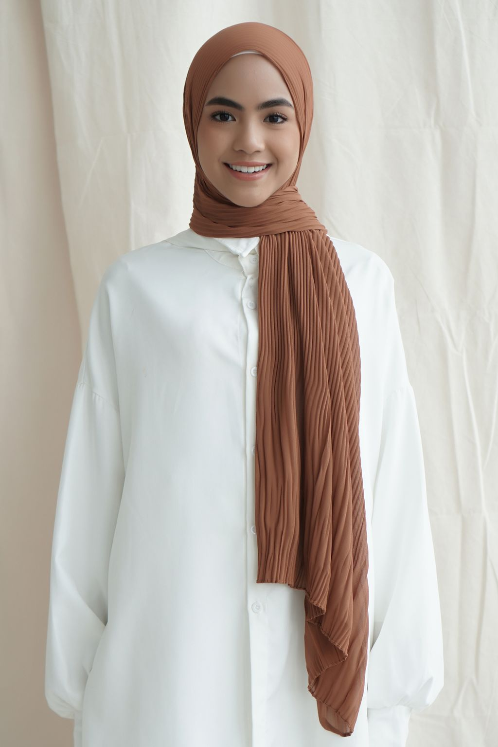 Pleated front brown.jpg