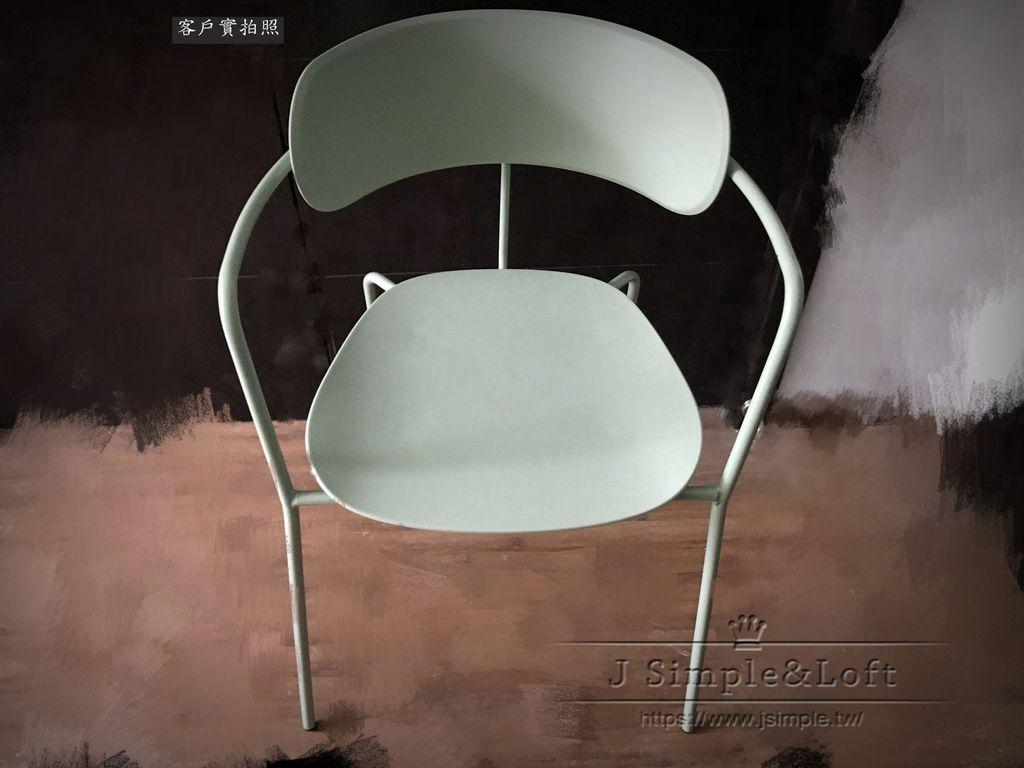 11北歐設計扶手餐椅  (1).jpg