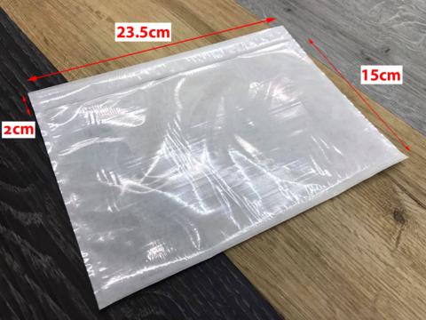 size transparent cn pouch.png