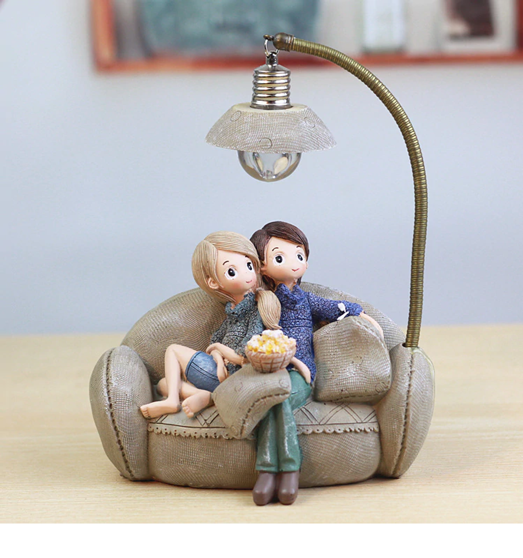 Couple Night Light_1_Wrap Smile.png