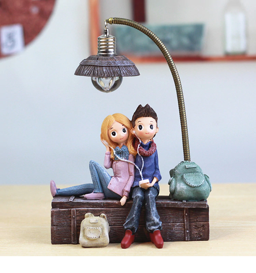 Couple Night Light_7_Wrap Smile.png