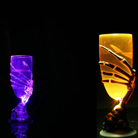 Spooky Wine Glass_1_Wrap Smile.png