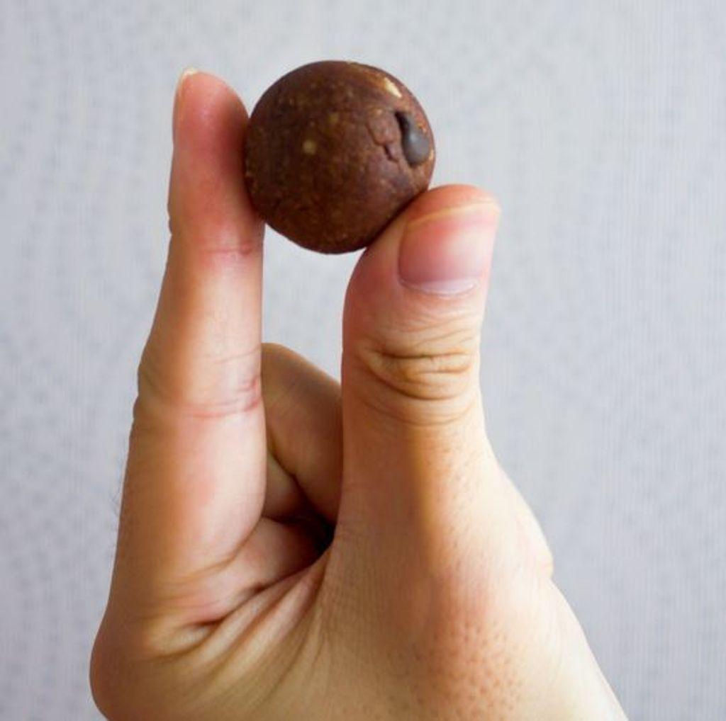 Poppin Chocochips Single Ball.JPG