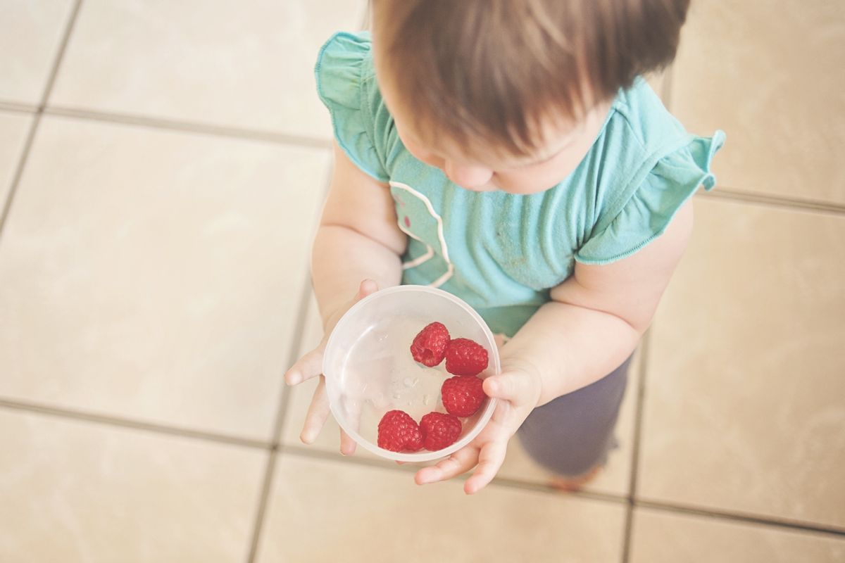 What are the best ways to wash your fruits?