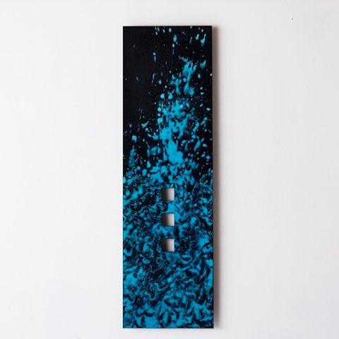 富山-折井ORII-妙手生花壁掛花器-Art Edition染色(M)-黑染(黑、藍).jpeg