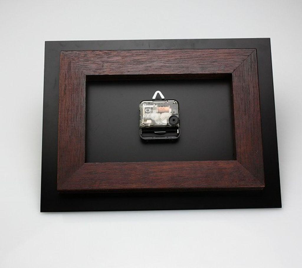 富山-折井ORII-桌上牆掛兩用型時空方形立鐘(L)- 背面.jpeg