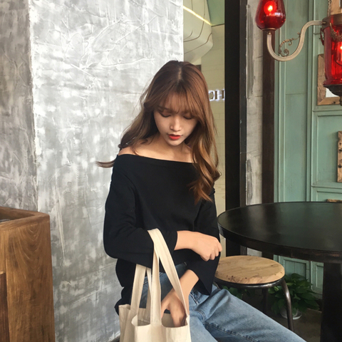off shoulder tshirt 1.1.jpg